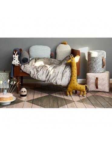 OYOY Living Design Noah giraf bamse miljø
