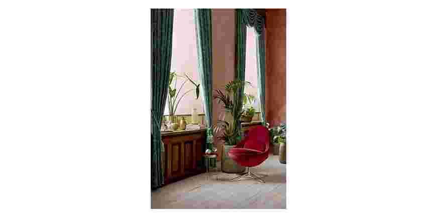 Vælg den rigtige farve til din indretning (Rød & Sort).